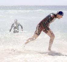 erschöpfter Wasser Sportler