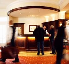 Gäste Empfang Hotel Oranien