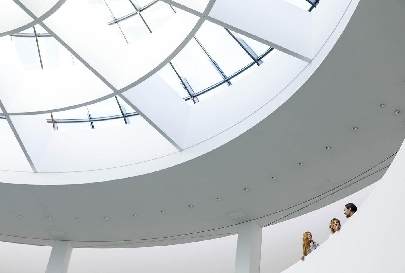 Architektur und People - Fotoshooting Pinakothek der Moderne